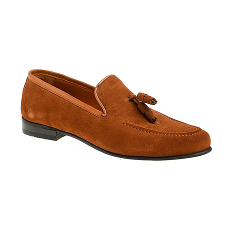 Fabrice Loafer // Tobacco (Euro: 39)