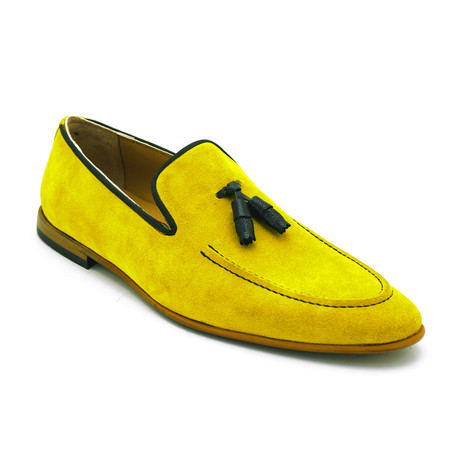Pascal Loafer // Yellow (Euro: 39)
