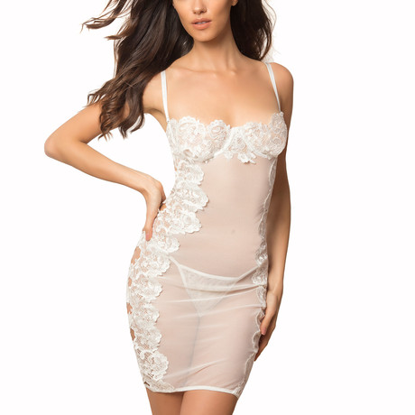 Capucine // Sculpted Lace Balconette Gown + Open Hole Mesh & Side Body Keyholes + G-String (S)