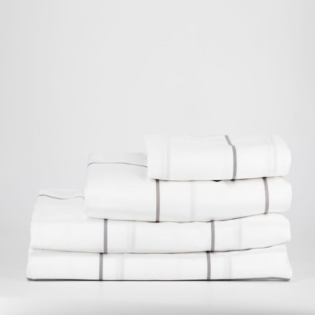 Percale Complete Bedding Set // White Tile (Full)