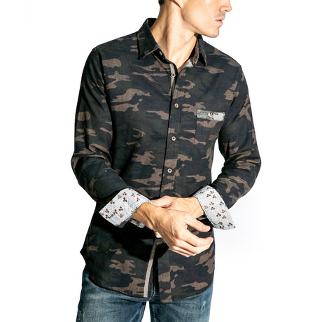 Long-Sleeve Button Down Woven Shirt // Camo (S)