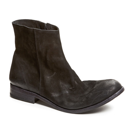 Luigi Boot // Black (US: 7)