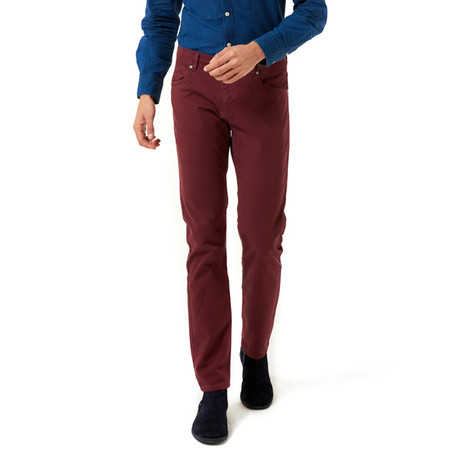 Slim-Straight Chinos // Bordeaux (30WX32L)