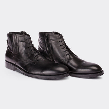Malcolm Boots // Black (Euro: 38)