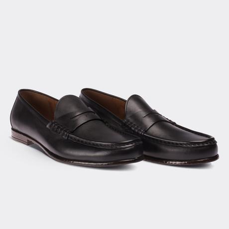 Edward Loafer Moccasin Shoes // Black (Euro: 38)