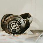 HD 820 Over Ear Headphones