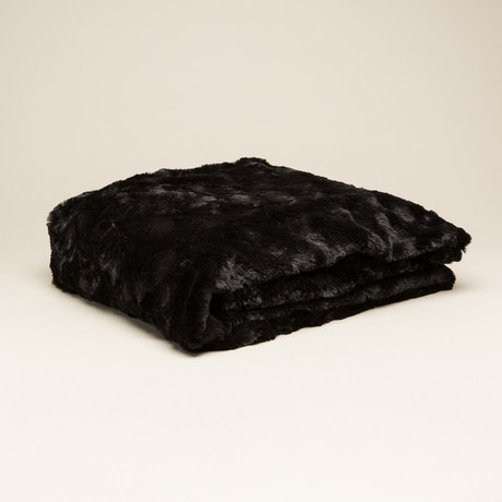 "Contempo Cuddle Fur Throw/Blanket // Black (50""L x 65""W)"