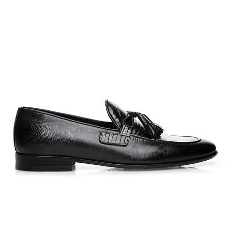 Tane Moccasin Shoes // Black (Euro: 40)