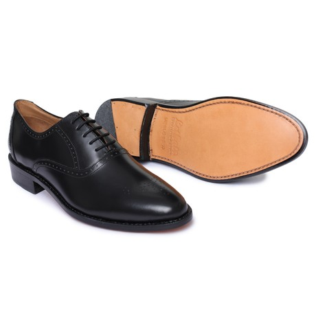 Medallion Toe Goodyear Welted // Black (US: 8)