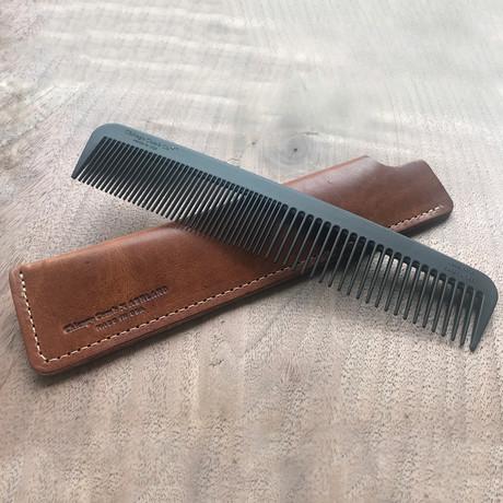 Model No. 6 Carbon Fiber Comb + Horween Leather Case (English Tan)