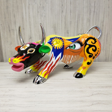 Unique Bull Sculpture // Enrique Ermus Hand Painted