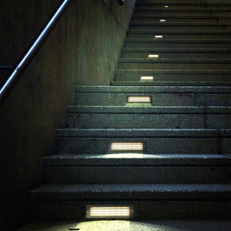 """39613BL LED // 10"""" 6-Watt Outdoor Steps Light"""