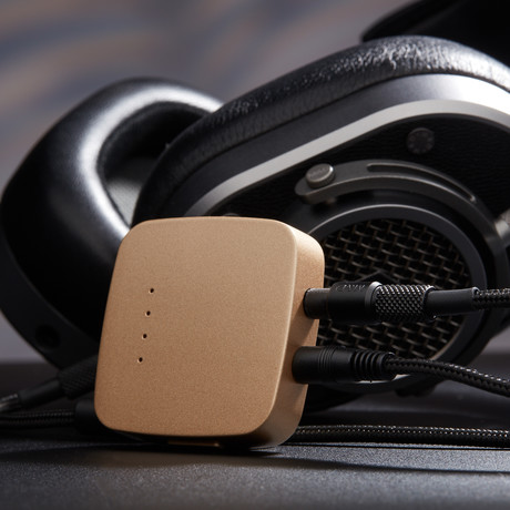 Portable Headphone Amplifier // Gold