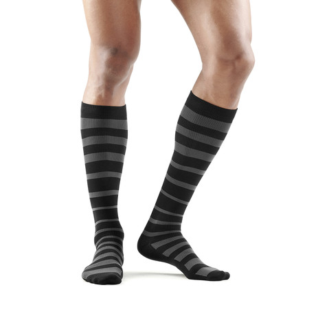 Travel & Recovery Compression Socks // Black + Charcoal (XS)
