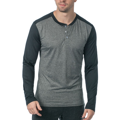 Cara Long-Sleeve Fitness Tech Henley // Grey (XS)