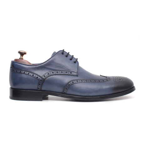 Laci Scala Wingtip // Navy Blue (Euro: 40)