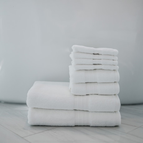 Alfred Sung Hotel Collection // 8-Piece Towel Set (White)
