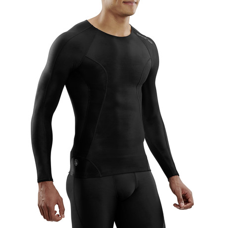 CORE Compression Long Sleeve Top // Black + Black (Small)