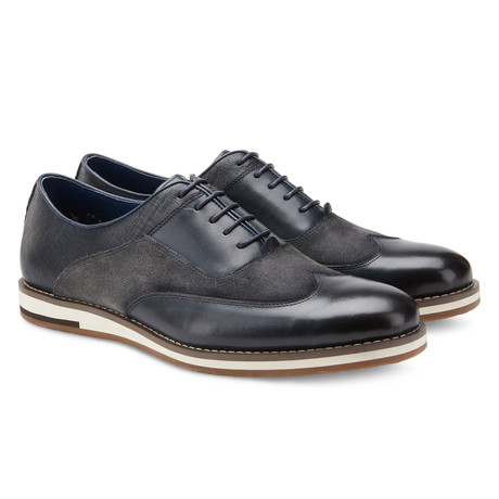 The Silva Shoe // Navy (US: 7.5)
