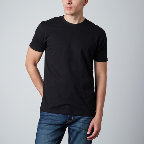 Basic Crewneck // Black (S)