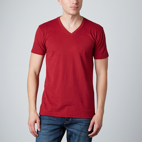Basic V-Neck // Cardinal Red (S)