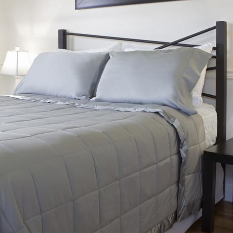 Temperature Regulating Blanket // Stone (Standard/Queen)
