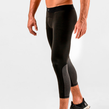 Pacer Cropped Training Compression Tights // Black (S)