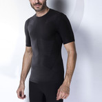 Iron-Ic // 4.0 Extra Light T-Shirt // Black (S/M)