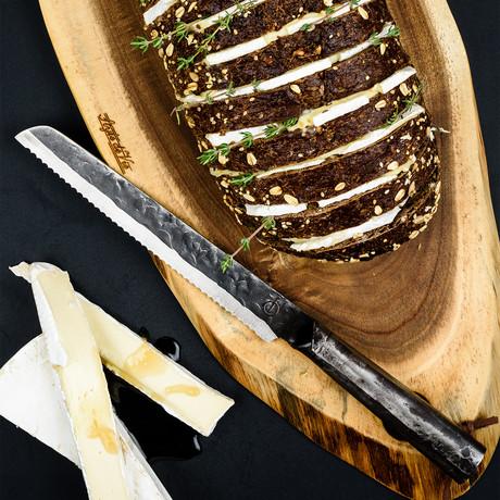Brute // Bread Knife