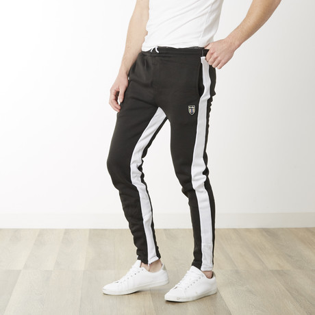 Off Tech Fitted Jogger // Black + White (S)