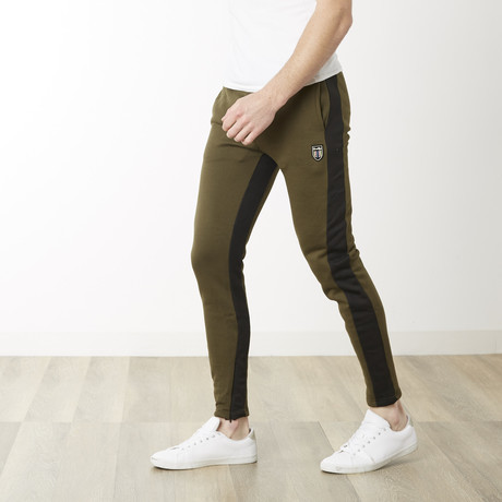 Off Tech Fitted Jogger // Olive + Black (S)