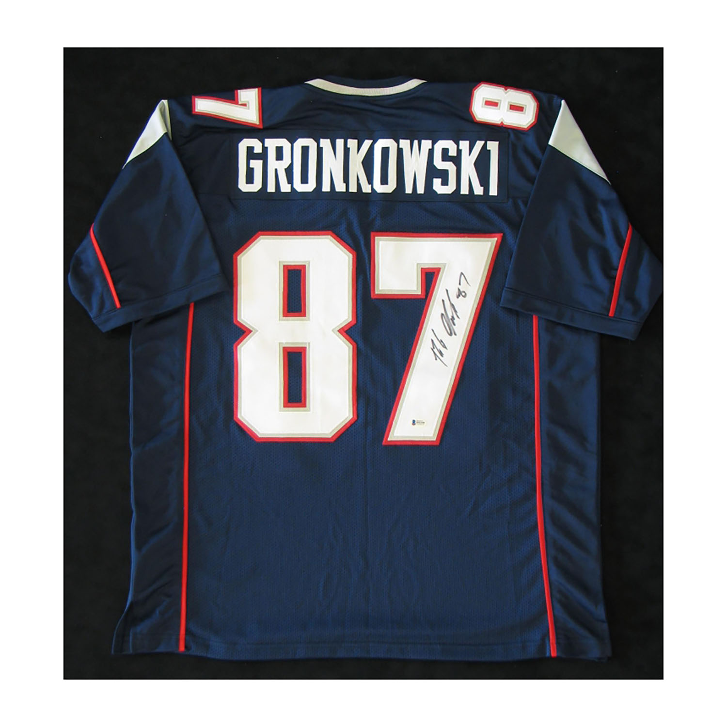 super popular 2adaf bf389 New England Patriots // Signed Jersey // Rob Gronkowski ...