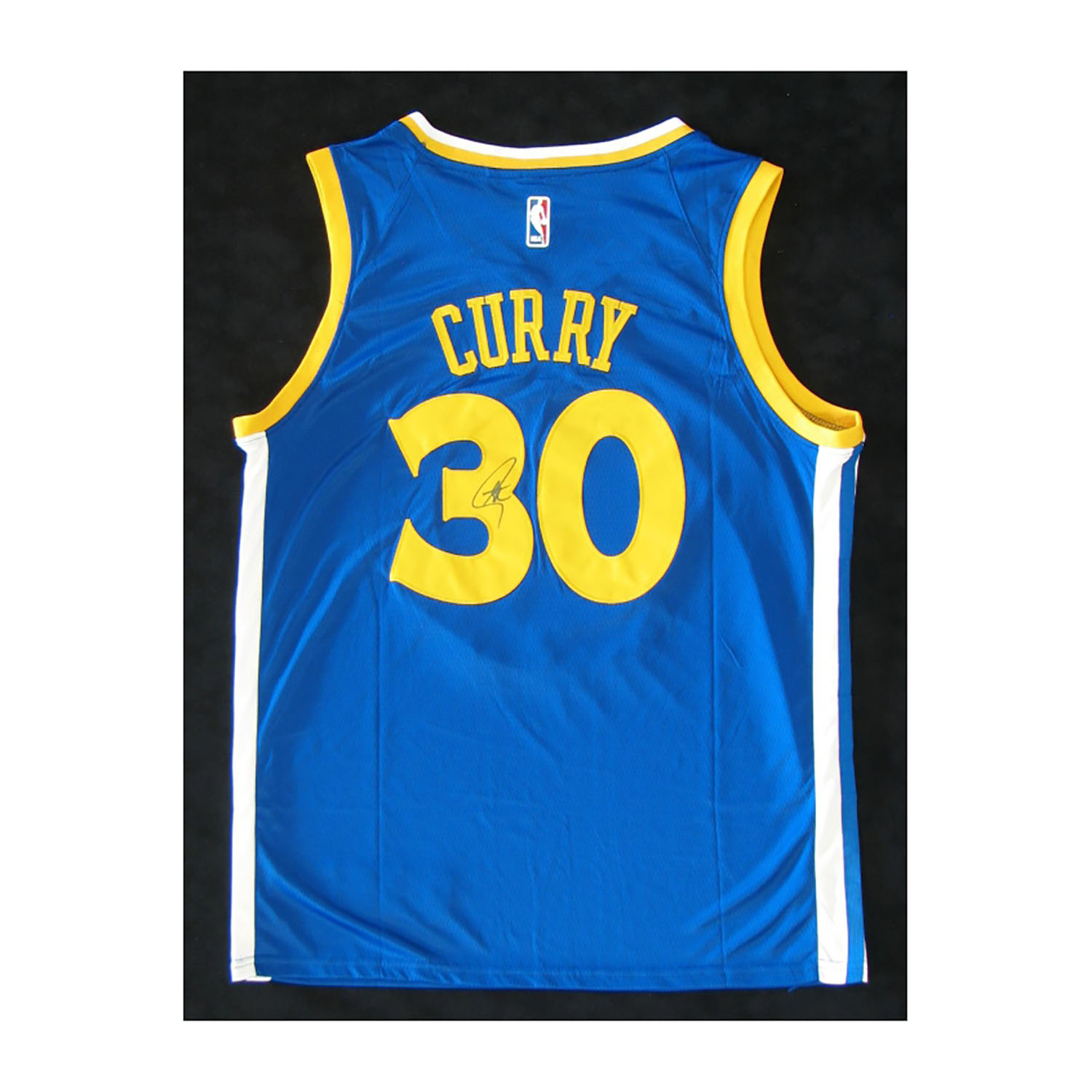 brand new 30caf e3440 Golden State Warriors // Signed Jersey // Stephen Curry ...