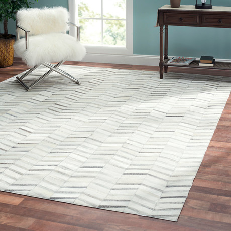 Tribeca Hand-Stitched Cowhide Area Rug // 4685 (5' x 8')