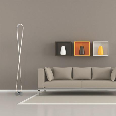 Nuevo Floor Lamp