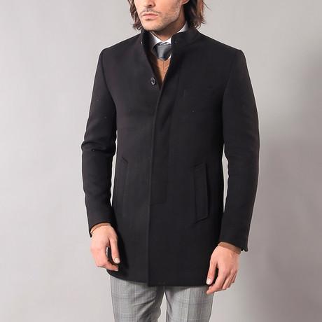 Earl Coat // Black (Euro: 52)