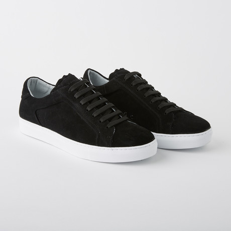 Bloke-Low Lace-Up Sneaker // Black Suede (US: 7)