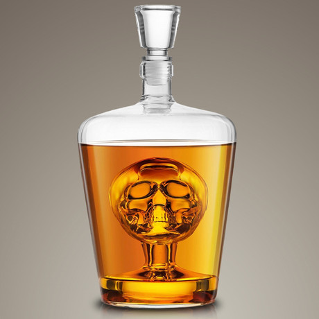 Whiskey Skull // Spirit Glass Decanter