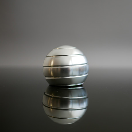 MezmoGlobe // Silver