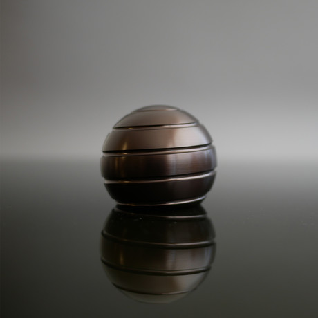 MezmoGlobe // Dark Bronze