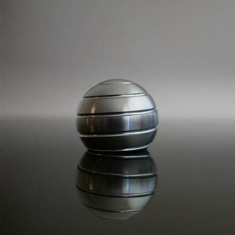 MezmoGlobe // Dark Titanium