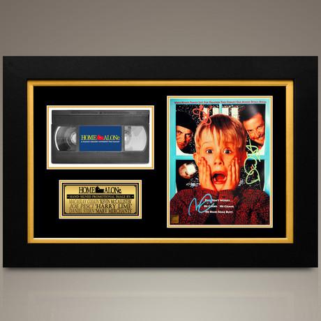 Home Alone // Joe Pesci + Daniel Stern + Macaulay Culkin Hand-Signed // Custom Frame (Signed Photo Only + Custom Frame)