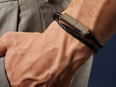Leather_USB-C_Bracelet