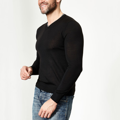 Wool V-Neck Pullover // Black (XS)