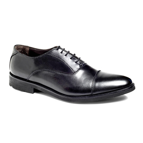 Musk Captoe Oxford // Black (US: 7)