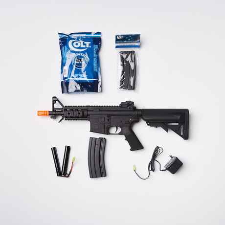Colt M4 PDW Airsoft Replica + Ammo Kit
