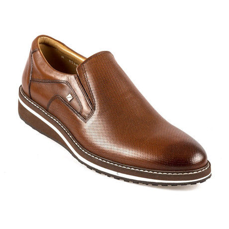 Killian Slip On // Tobacco (Euro: 37)