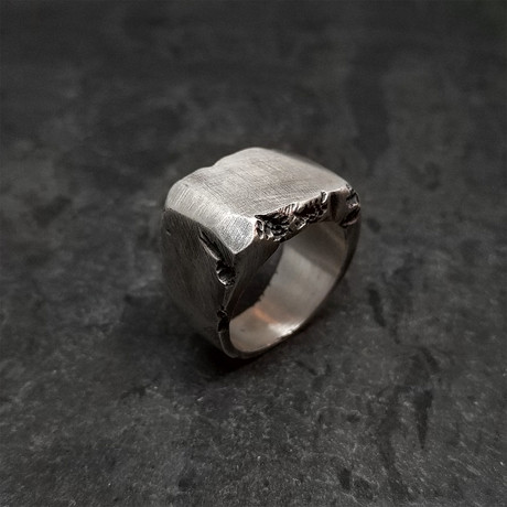 Block Chip Signet in Distressed Silver (5)