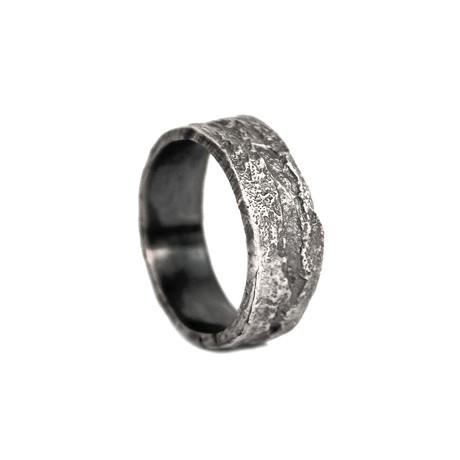 Dark Weathered Ring (Size 8)