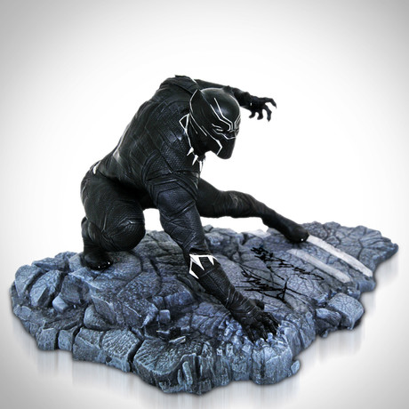 Black Panther // Chadwick Boseman + Stan Lee Signed // Limited Edition Statue